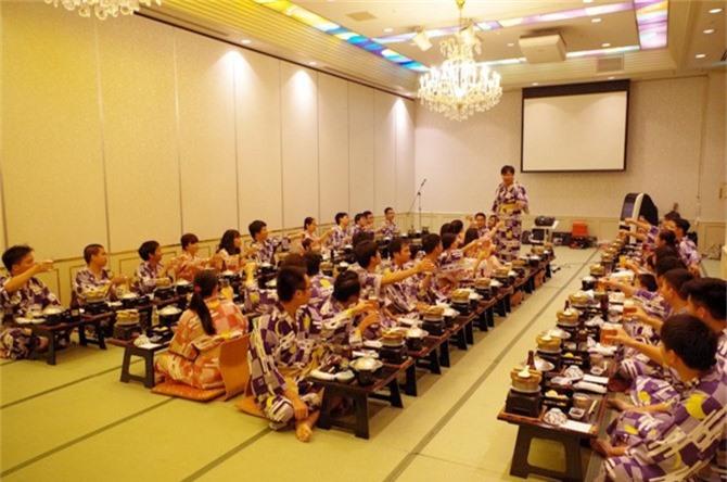 Nhân viên Rikkeisoft tại Nhật tham gia du lịch hè cùng công ty
