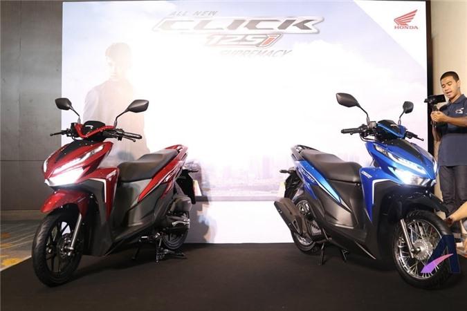 Trong đó phiên bản 2018 Honda Click 125i được bán tại quốc đảo Philippines với giá chỉ 74.900 Peso (32,2 triệu VNĐ)