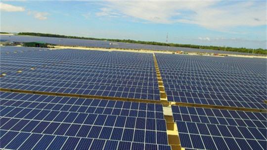 Năng lượng mặt trời và dấu ấn tiên phong - Ảnh 1.