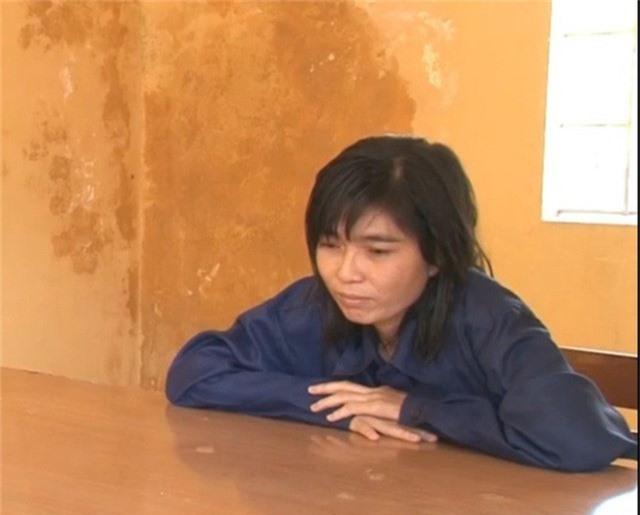 Lê Thị Trang tại cơ quan công an