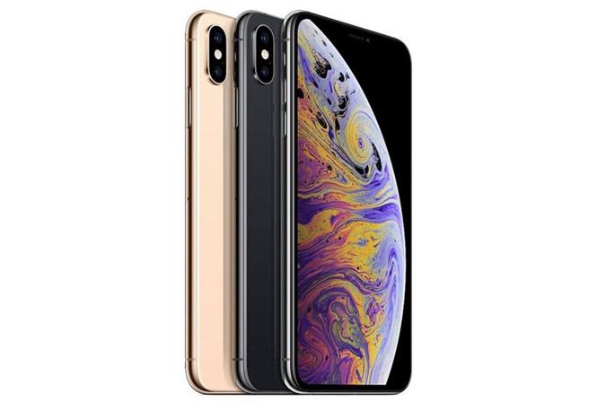 iPhone Xs Max.