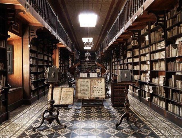 Nhiếp ảnh gia người Ý thực hiện cuộc hành trình đi tìm thư viện đẹp nhất thế giới, và đây là những gì anh ấy ghi lại được - Ảnh 11.