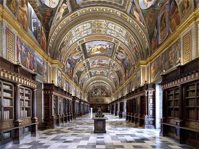 Nhiếp ảnh gia người Ý thực hiện cuộc hành trình đi tìm thư viện đẹp nhất thế giới, và đây là những gì anh ấy ghi lại được - Ảnh 17.