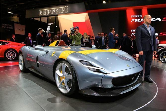 9. Ferrari Monza SP1 and SP2.