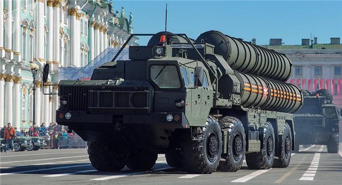Tổ hợp tên lửa S-400 của Nga.