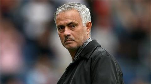 Cực nóng Sa thải Mourinho, Michael Carrick dẫn dắt MU hình ảnh