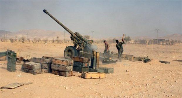 Quân đội Syria thương vong lớn trước IS ở Al-Safa, lính dù lập tức xung trận