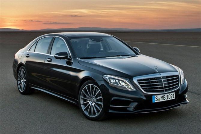 4. Mercedes-Benz S-Class. Mức rớt giá sau 5 năm sử dụng: 69,9%.