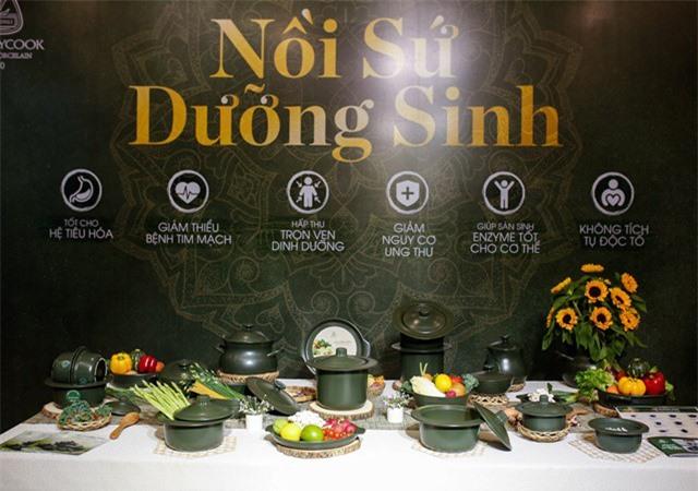 Bộ sản phẩm sứ dưỡng sinh Minh Long.