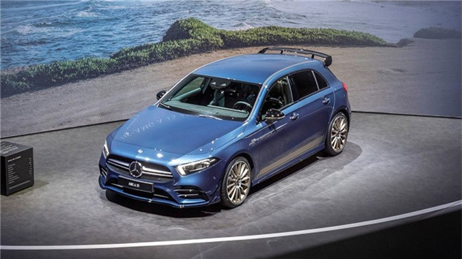 Hatchback hieu suat cao Mercedes-AMG A35 2019 ra mat hinh anh 1