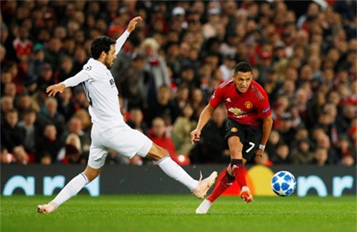 'Ngay cả Messi cũng gặp khó khăn nếu ở trong đội hình M.U hiện nay' - ảnh 2