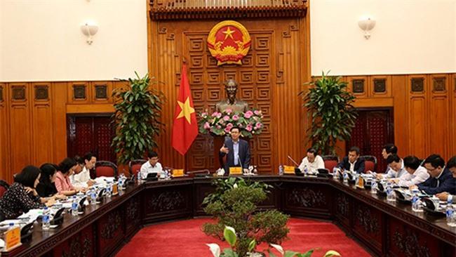 Phó Thủ tướng Vương Đình Huệ làm việc với lãnh đạo TP.HCM về cổ phần hóa doanh nghiệp nhà nước (ảnh TL).