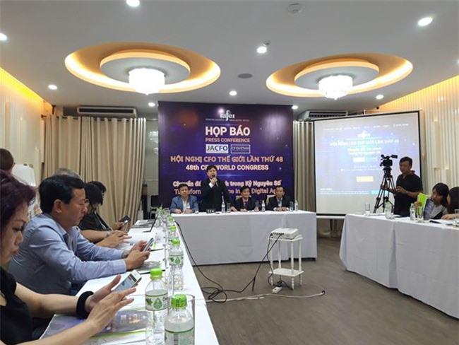 Quang cảnh buổi họp báo hội nghị CFO thế giới lần thứ 48 tổ chức tại TPHCM (ảnh TL).