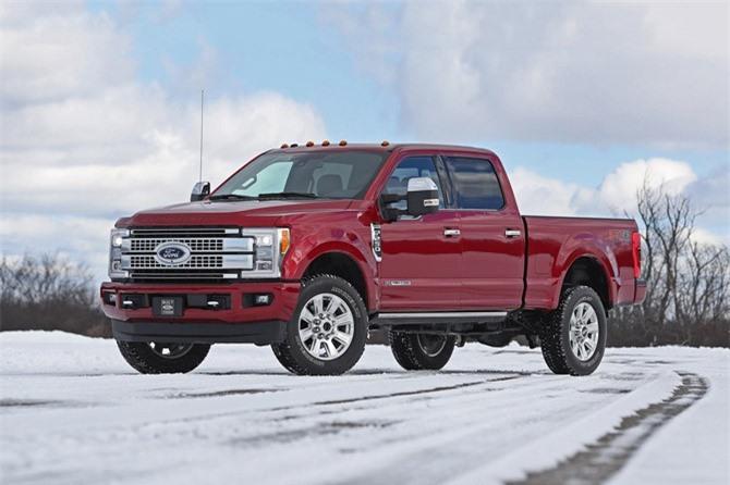 1. Ford F-Series (doanh số: 679.018 chiếc).