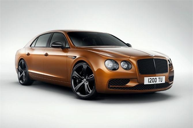 3. Bentley Flying Spur. Động cơ Twin-Turbocharged W12 5,2 lít, sản sinh công suất tối đa 616 mã lực, mô-men xoắn cực đại 800 Nm.