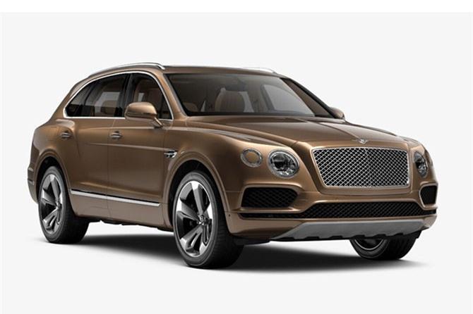 5. Bentley Bentayga. Động cơ Twin-Turbo W12 6 lít, sản sinh công suất tối đa 600 mã lực, mô-men xoắn cực đại 900 Nm.