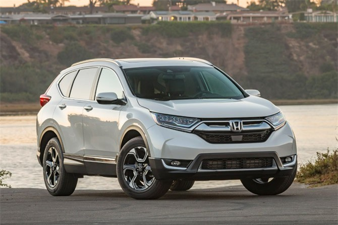 6. Honda CR-V (doanh số: 277.621 chiếc).