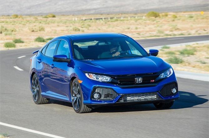 8. Honda Civic (doanh số: 255.036 chiếc).