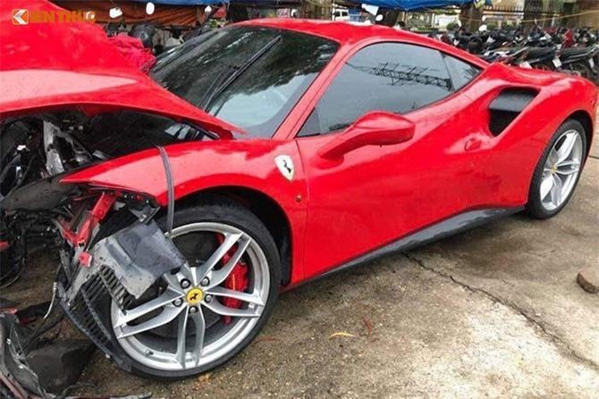 Công an Phú Thọ bàn giao siêu xe Ferrari 488 GTB cho Tuấn Hưng. Công an TP Việt Trì, tỉnh Phú Thọ vừa bàn giao siêu xe Ferrari 488 GTB gặp tai nạn cho nam ca sĩ Tuấn Hưng để làm công tác bảo hiểm. (CHI TIẾT)