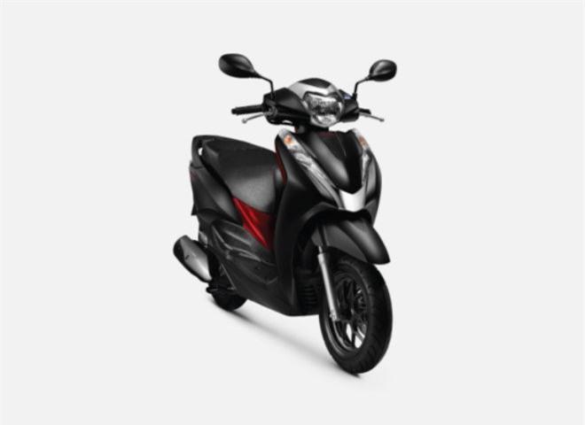 Honda LEAD thiết kế bầu bĩnh hơn.