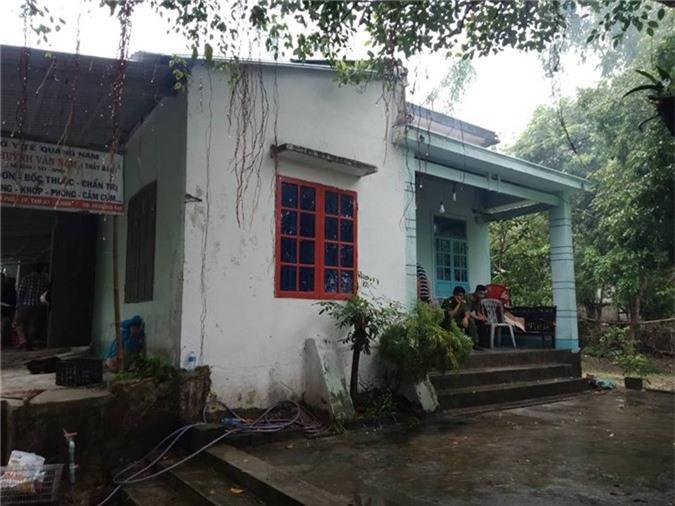 Bắt nghi phạm sát hại cụ ông 70 tuổi ở Quảng Nam. Sau 1 tuần vào cuộc điều tra, cơ quan chức năng đã bắt được nghi phạm sát hại cụ ông 70 tuổi ở Quảng Nam. (CHI TIẾT)
