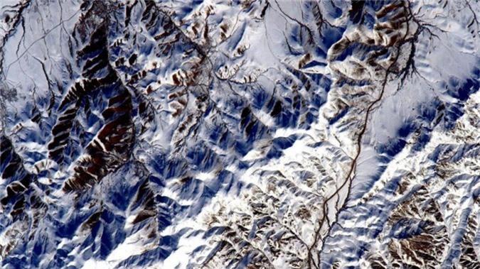 Một sườn đồi phủ tuyết ở Iran.