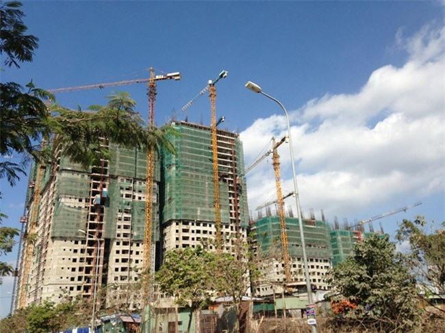 Nhiều chủ đầu tư tự phong dự án cao cấp, căn hộ hạng sang - Ảnh minh hoạ.
