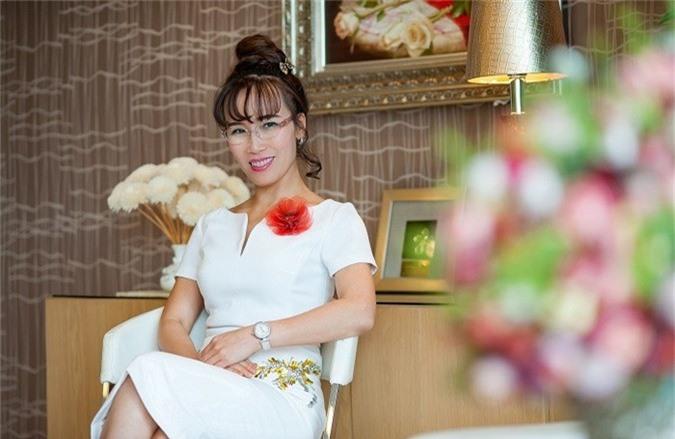 """loi nhuan vietjet tang 59%, tai san ty phu nguyen thi phuong thao van """"boc hoi"""" gan 500 ty hinh anh 1"""