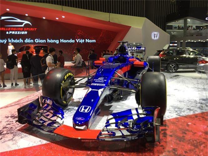 Hai chiếc xe độc nhất triển lãm ô tô Việt Nam 2018 có gì hay? - ảnh 2