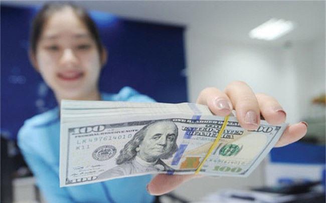 Doi tien USD o dau de khong bi phat 90 trieu dong? hinh anh 1