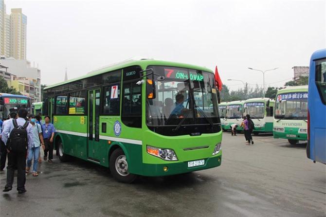 Hoạt động vận tải hành khách công cộng đặc biệt là xe buýt trong năm 2018 đang gặp nhiều khó khăn. Ảnh: Nguyễn Tiến