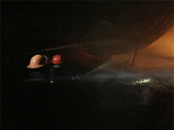 Cháy liên tiếp trong đêm tại Nghệ An gây thiệt hại hàng tỉ đồng - ảnh 1