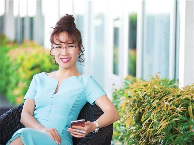 Vuot qua ba Phuong Thao, ong Tran Dinh Long gianh lai vi tri nguoi giau thu 2 hinh anh 2