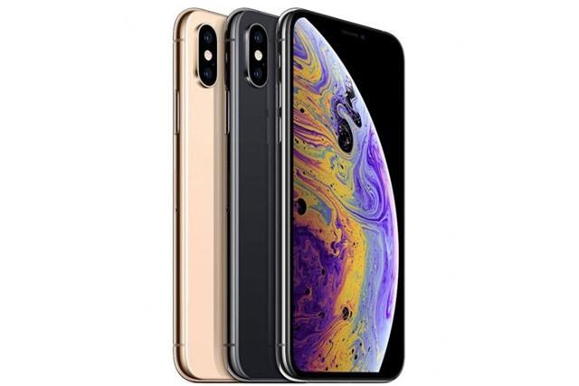 4. iPhone Xs (giá khởi điểm tại Việt Nam: 29,99 triệu đồng).