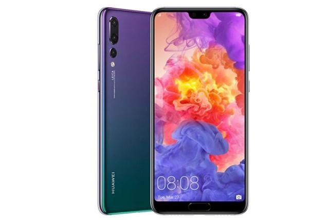 7. Huawei P20 Pro (giá bán tại Việt Nam: 16,99 triệu đồng).