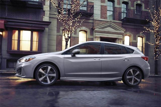 8. Subaru Impreza Hatchback 2018 (giá khởi điểm: 18.995 USD).