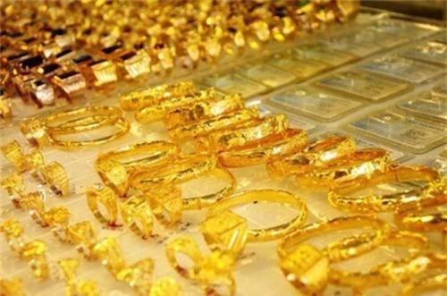 Giá vàng hôm nay 30/10: Giá vàng SJC tiếp tục giảm 30 nghìn/lượng - Ảnh 1