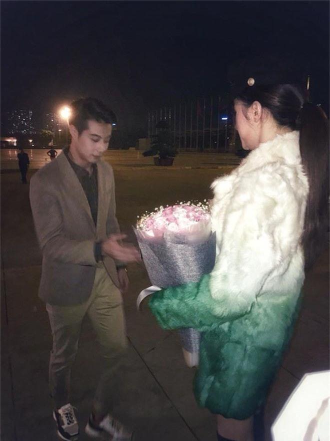 huong giang idol len tieng ve tin don duoc hot boy thai lan cau hon hinh anh 1