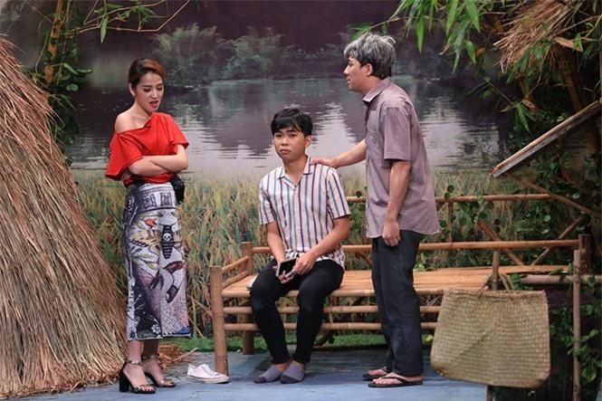 Trấn Thành 'bức xúc' khi bị Minh Dự mỉa mai đua đòi lấy vợ Hàn