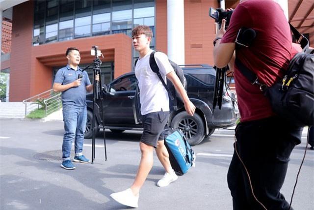 Minh Vương (áo trắng) bị loại là quyết định gây bất ngờ của HLV Park Hang-seo.