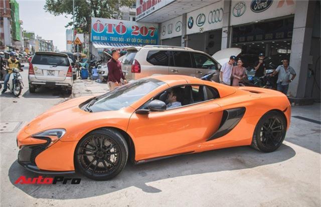 Siêu xe McLaren 650S sở hữu màu sơn giống với của Minh Nhựa dạo phố Sài Thành - Ảnh 3.
