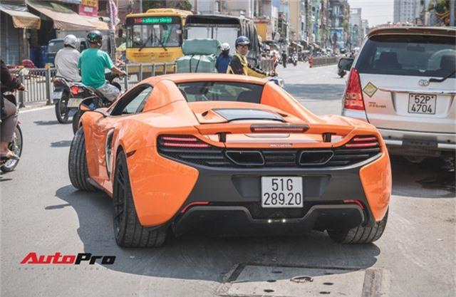 Siêu xe McLaren 650S sở hữu màu sơn giống với của Minh Nhựa dạo phố Sài Thành - Ảnh 4.