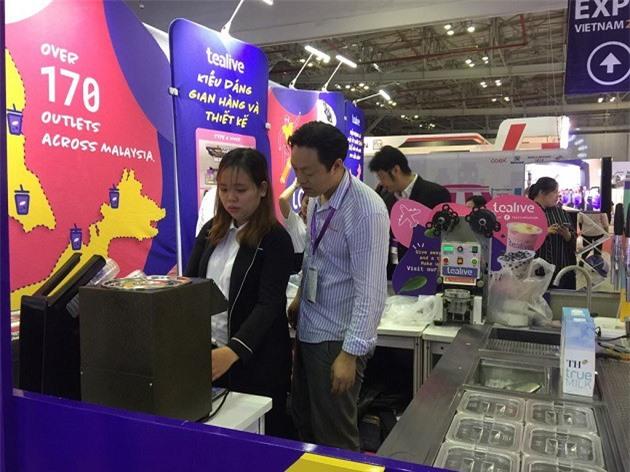 Tham dự triển lãm nhiều tổ chức tìm kiếm cơ hội nhượng quyền thương hiệu nước ngoài (Ảnh: ĐL)