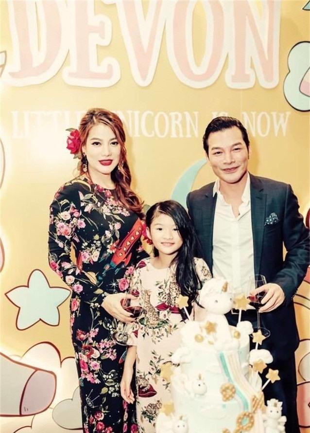 Hôn nhân không trọn vẹn của dàn chân dài đình đám showbiz Việt một thời-8