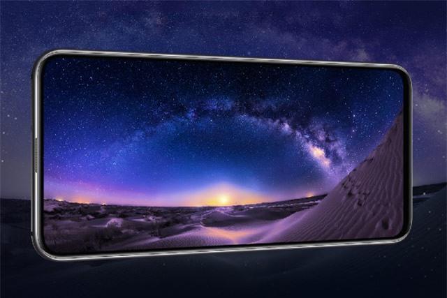 Mẫu smartphone mới của Honor sử dụng tấm nền màn hình AMOLED kích thước 6,39 inch, độ phân giải Full HD Plus (2.340x1.080 pixel), mật độ điểm ảnh 403 ppi. Màn hình này được chia theo tỷ lệ 19,5:9, chiếm 91,5% diện tích mặt trước, tích hợp dải màu DCI-P3.