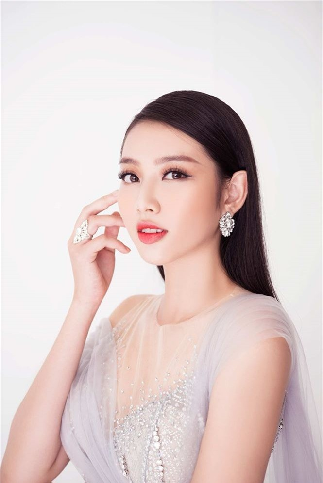 Thùy Tiên khoe sắc vóc nữ thần trước thềm chung kết Miss International - ảnh 10