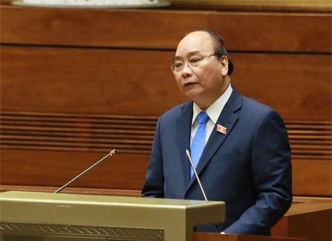 Thủ tướng Nguyễn Xuân Phúc trả lời chất vấn trước Quốc hội, chiều 1/11.