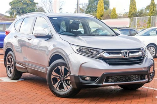 2. Honda CR-V (doanh số: 27.825 chiếc).