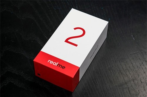 Hộp đựng Realme 2.