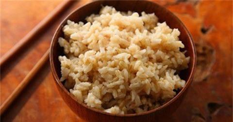 Gạo trắng và gạo lứt, loại nào bổ dưỡng hơn? - 1